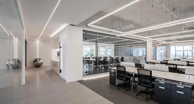 600平现代办公室装修