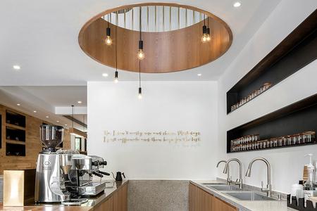 现代风格咖啡店装饰