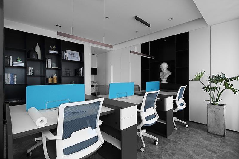 65平小办公室实景
